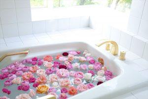 風呂でうんこする夢の夢占いの意味