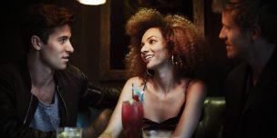 付き合ってるのにクラブに行くのは浮気?彼氏のクラブ通いをやめさせる方法5選!