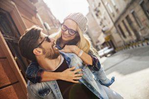 彼氏の愛情表現が気持ち悪い時の対処法6選!彼氏の愛情表現がすごい時はどうする?