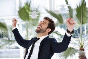 【転職面接】現在の年収で嘘をつくとバれる?前職の年収で嘘をつくと起こる5つのリスク